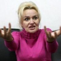 Фарион призвала давать в челюсть русскоязычным